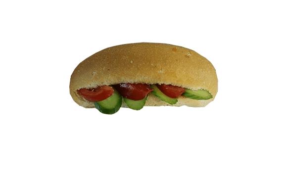 عکس ساندویچ نان پنیر خیار گوجه